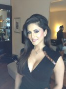 Sunny Leone - New Twitter Pic