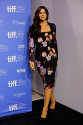 Monica Bellucci @ TIFF photocall, Toronto, 12.09.12 - 30 HQ