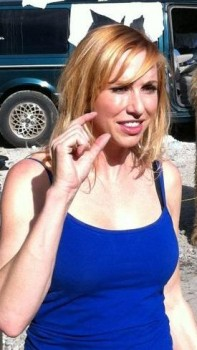 Kari Byron - Twitpic - 1MQ - 21/9/12
