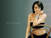 Dannii Minogue : Hot Wallpapers x 4