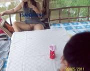 ภาพหลุดทางบ้านนั่งหีโผล่ในสวนอาหารและในห้องคาราโอเกะ_รูปโป๊ภาพโป๊ที่6 ,การ์ตูนโป๊,xxx