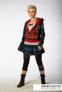 Hannah Spearritt @ Primeval Season 3 Promos (25 Mixed Quality)