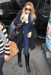 Lauren Conrad @ Penn Station In NYC October 17, 2012 HQ x 13
