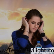 Imagenes/Videos Promocion de Amanecer Part 2 (USA) 1c847b218223724