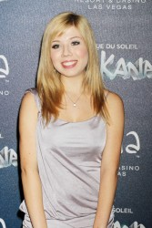 Jennette McCurdy - 'Zarkana' By Cirque du Soleil premiere in Las Vegas 11/9/12
