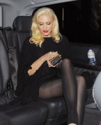 Gwen Stefani in London - 9/25/12(?) - Glorious Legs x 3HQ