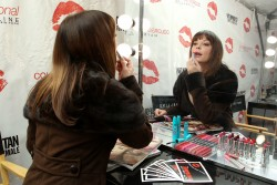 Rose McGowan @ Collect Kisses For The Troops Event In Times Square November 12, 2012 HQ x 5