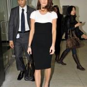 Ashley Greene - Imagenes/Videos de Paparazzi / Estudio/ Eventos etc. - Página 25 B71fb1221063444