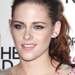 Kristen Stewart - Imagenes/Videos de Paparazzi / Estudio/ Eventos etc. - Página 31 1b182f225854698