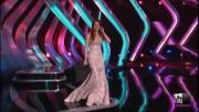 Ellie Kemper at VH1 Divas 2012, red carpet interview