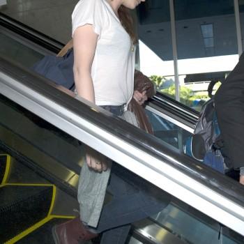 Kristen Stewart - Imagenes/Videos de Paparazzi / Estudio/ Eventos etc. - Página 31 Ac02f0231915939