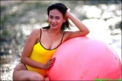 Koleksi Foto Hot Seksi Artis jadul Dian Nitami di Majalah Dewasa Popular