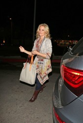 Elizabeth Banks - at the Chateau Marmont in West Hollywood 1/24/13