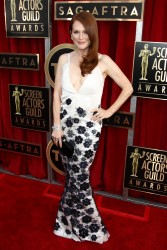 Julianne Moore 19th Annual Screen Actors Guild Awards Jan 27, 2013 HQ