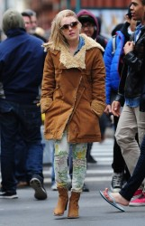 AnnaSophia Robb - out in NYC 3/22/13
