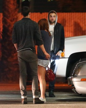 Robsten - Imagenes/Videos de Paparazzi / Estudio/ Eventos etc. - Página 10 60e0a3248202110