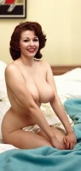 yppiga bröst