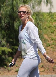 Britney Spears - Leaving a rehearsal studio in Thousand Oaks 4/23/13