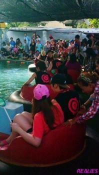[PICS] 130427 NU'EST - Camping na Tailândia Bc7ad6252007136