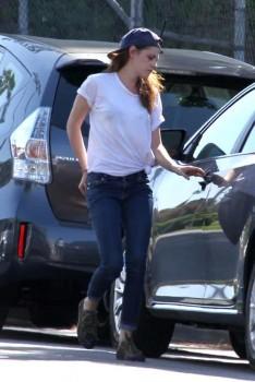 Kristen Stewart - Imagenes/Videos de Paparazzi / Estudio/ Eventos etc. - Página 31 4ab62f252969359