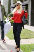 *Adds* Christina Aguilera - Shopping At Duxiana In West Hollywood, 5 May