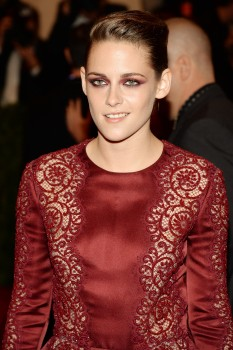 Kristen Stewart - Imagenes/Videos de Paparazzi / Estudio/ Eventos etc. - Página 31 6f4ad4253066369