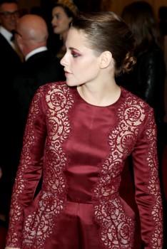 Kristen Stewart - Imagenes/Videos de Paparazzi / Estudio/ Eventos etc. - Página 31 Ac4583253088459