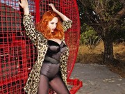 Christina Hendricks : Very Sexy Wallpapers x 4