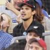 Taylor Lautner - Imagenes/Videos de Paparazzi / Estudio/ Eventos etc. - Página 38 298e78256336565