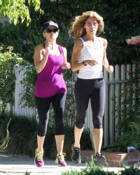 Reese Witherspoon - out jogging in Brentwood 5/29/13