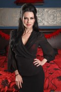 Veronica Avluv - Shaming the Shooter (6/3/13) x83