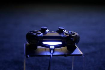 Kontroler PS4