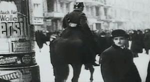 Droga Hitlera do w³adzy / Hitler - eine Karriere (1977) PL.DVDRip.XviD.AC3-inka | Lektor PL + rmvb