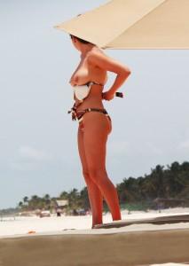 http://thumbnails104.imagebam.com/26084/d79af9260830166.jpg