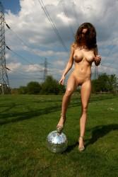 http://thumbnails104.imagebam.com/26174/e9cd9f261730017.jpg