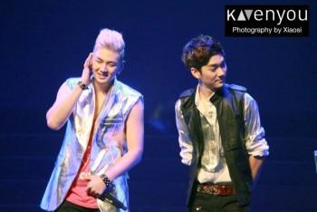 [PICS] NU'EST LOVE TOUR - Singapura [Show + Hi5] 2a90f7266097969