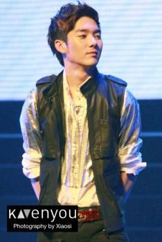 [PICS] NU'EST LOVE TOUR - Singapura [Show + Hi5] 9fdc7a266098236
