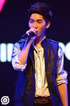 [PICS] NU'EST LOVE TOUR - Singapura [Show + Hi5] Fe6c6d266098021