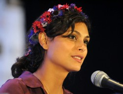 Morena Baccarin - Wizard World Chicago Comic-Con in Rosemont 8/10/13