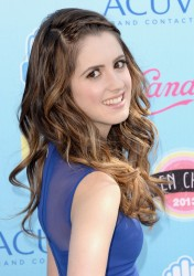 Laura Marano - 2013 Teen Choice Awards in Universal City 8/11/13