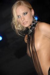 http://thumbnails104.imagebam.com/27045/3f4b45270446191.jpg