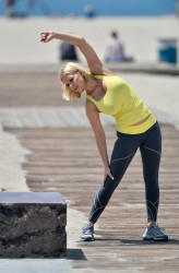 cff28f270454685 [Ultra HQ] Carrie Keagan   at a photoshoot in LA 8/13/13 high resolution candids