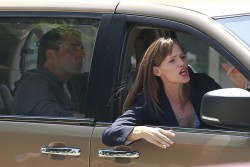 Jennifer Garner - on the set of 'Alexander' in LA 8/19/13
