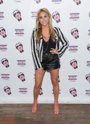 Cassie Scerbo - Bobs From Skechers Summer Soiree in West Hollywood 8/21/13
