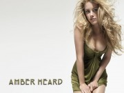 Amber Heard : Hot Wallpapers x 2