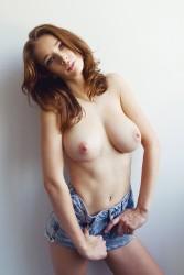 http://thumbnails104.imagebam.com/27512/496c33275117580.jpg