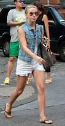 Julianne Hough - Out in NYC 9/12/13