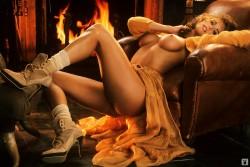 http://thumbnails104.imagebam.com/27778/396601277772955.jpg