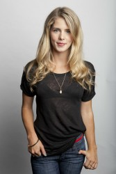 1be2bf279536608 Emily Bett Rickards – Amy Sussman Portrait Shoot – 2013 photoshoots