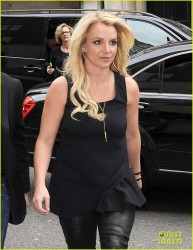 Britney Spears - at Hakkasan restaurant in London 10/14/13